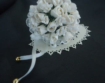 Lovely wedding Bouquet 1/12th scale.