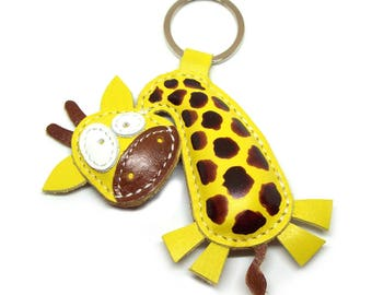 Cute little giraffe animal leather keychain - FREE Shipping Worldwide - Top Selling Items Leather Giraffe Bag Charm, Giraffe Lover Gift