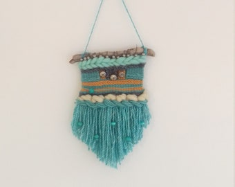 Woven wall hanging/beaded wool hanging/boho wall art/ bohemian decor/driftwood/nursery decor/ living room decor/wall art/ weave with tassel
