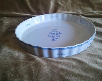 Porcelain Quiche or Tart Pan by Fyrklovern, Firkoeren, Apilanlenti