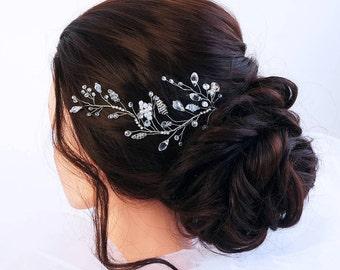 Bridal Hair Vine- Wedding hair vine- Crystal hair vine -Pearl hair vine - Bridal Headpiece -Bohemian bridal headpiece-Hair vine for bride