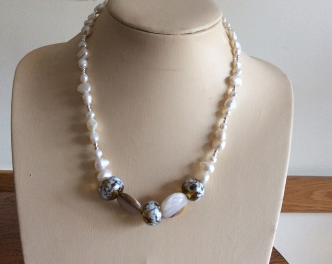 Chunky Necklace in Cream with Pearls, Agate and Flamework Beads