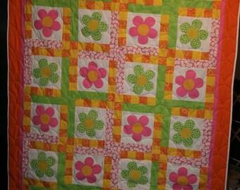 Bright Flowers Applique Twin Size Quilt