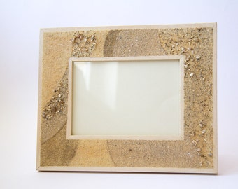 Photo frame for sand-wood with Zen decoration in natural sands