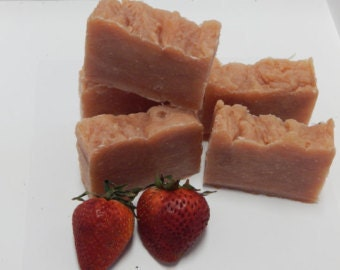 Wrinkle rescue Vegan Strawberry Organic Soap Jabon De Fresa Para Las Arrugas