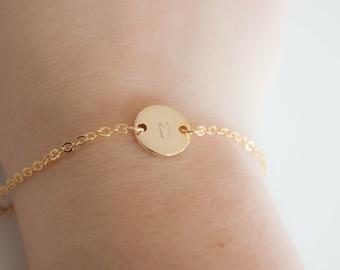 Gold initial bracelet, coin bracelet, disk bracelet, letter bracelet, bridesmaids present, Wedding favor, babyshower present, mothersday