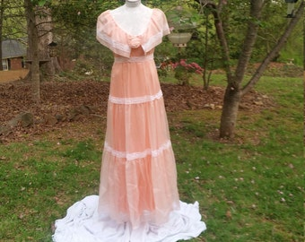 Vintage Peach Dream Chiffon Sleeveless Party Dress, Vintage Size 13/14 Peach Evening Gown, Frilly Long Sleeveless Peach Southern Style Dress