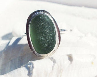 Sea Glass Ring, Green Seaglass Ring, Beach Ring, Lake Jewelry, Size US 8.50 Ring, Bottle Jewelry, Green Glass Ring,