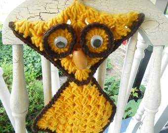 Owl Crochet Towel Holder  - Yellow