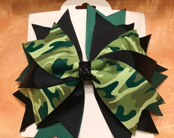 Black and green camo hair bow