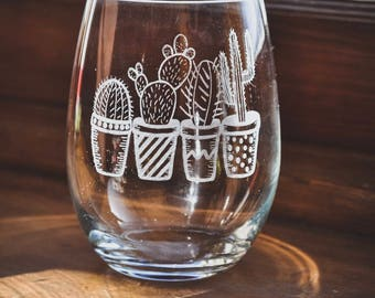 Laser Etched Wine Glass - Succulents - Cacti - Cactus - Plants - Saguaro - Prickly Pear - Echeveria