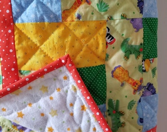 Color Me Zoo Crib Quilt