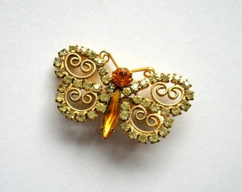 Vintage Butterfly Brooch - Pin, Brooch, Gold tone, Rhinestones, Filigree, Metal pin, Insect brooch, Insect jewelry, Spring Summer brooch