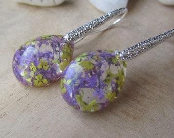 flower resin earrings, resin earrings, elegant earrings, women earrings, silver flower earrings, silver resin earrings, floral earrings