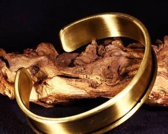 1bracelet cuff edge brushed brass round 60x11mm