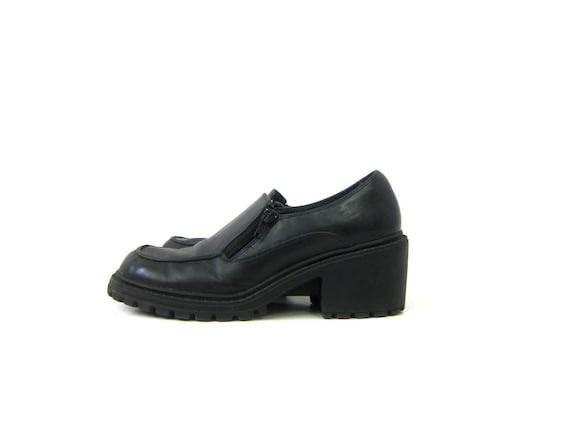 1990s Black Chunky shoes Faux Leather Goth School Girl Shoes Side Zipper Oxford Shoes Women's Size 9.5