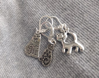 3 cat stitch markers