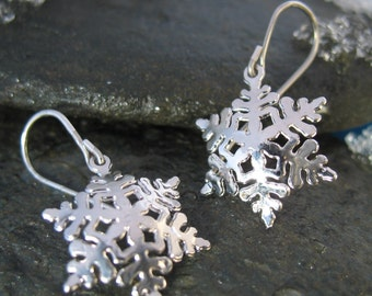 Small Snowflake Drop Earring