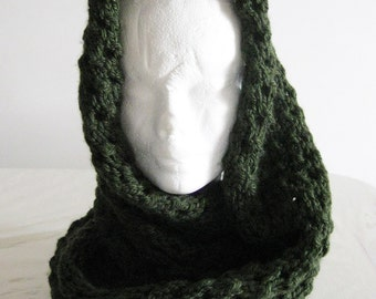 Handmade infinity scarf,wool neck warmer,knitted scarf,dark green scarf,handmade wool scarf,loop knitted scarf,christmas,Sped gratis Italia