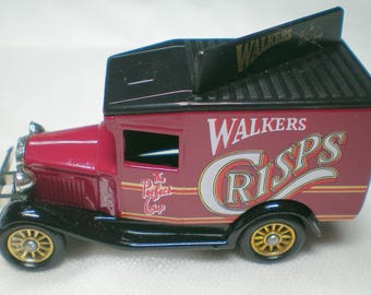 Walkers Vintage Models, Lledo cars, 1990 limited edition, 1934 model A Ford van, diecast model, collectible boxed scale model with paperwork
