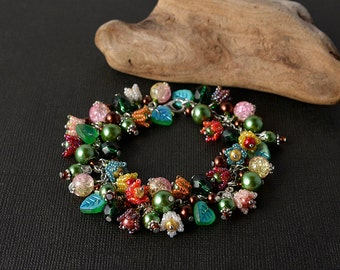 Bright spring flowers bracelet