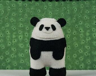 Felt Panda Sewing PATTERN, Pete the Panda, Felt Softie Sewing Pattern, Forrest Animal Pattern, Stuffed Animal Pattern, DIY Handmade Gift