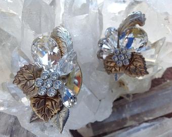 BRIDAL 70s/80s crystal esrrings clip ons glass Earrings Designer earrings formal occasions earrings fashion earrings mod rhinestone earrings