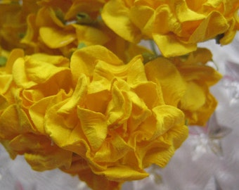 Paper Flowers 32 Millinery Frill Roses In Bright Yellow ~ 4 Bundles