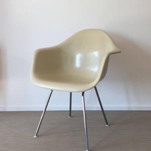 Original Charles Eames Fiberglas Armchair Für Vitra / Herman Miller (3  Stück Verfügbar)