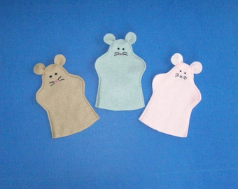 Felt Mice Puppets / Set of Three / Puppet Party Favors / Three NOT Blind Mice Puppets