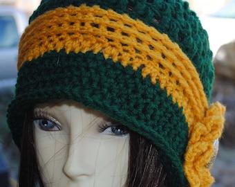 Womans Crochet cloche bucket flapper hat 22 to 24 Green Gold