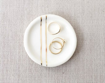 NEW for FALL 2017: Minimalist Jewelry Dish with Gold Lines