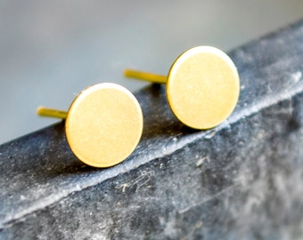 Circle Stud Earrings 0.7 cm
