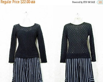 30% OFF FLASH SALE Vtg 90s Open Knit Sweetheart Gothic Long Sleeve Grunge Witchy Top