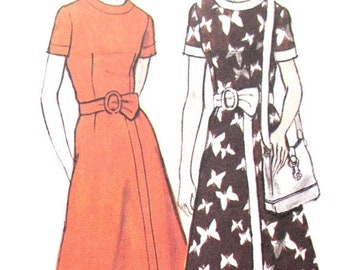 SALE 20% OFF UNCUT Vintage Vogue Pattern 8043 1970s Misses' Dress with Fitted Bodice and Pants 70s Vogue  Bust 32.5 inches