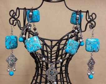 Necklace with Turquoise Squares, Taupe Agate, Turquoise Howlite and Silver-Tone Beads and Matching Earrings