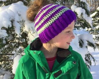 Messy Bun Beanie, Crochet Messy Bun Hat, Womens Messy Bun Beanie, Womens Messy Bun Hat, Messy Bun Beanie, Womens Crochet Messy Bun Beanie