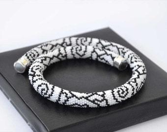 Beaded Crocheted Necklace White Black Roses Statement Necklace Seed Bead Necklace Bead Rope Gift