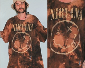 Nirvana DIY Hand Bleach Dyed Upcycled Oversized T Shirt. Distressed 90s XXL Band T Shirt. Bleached Nirvana Band Tee. 6XL Nirvana T Shirt.