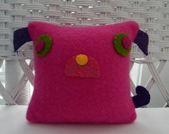 Recycled Cashmere Sweater Pillow - Pug in Pink