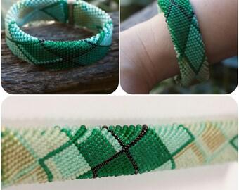 Beaded braselet, Beadweave bracelet, beadwork bracelet, seed bead bracelet, handmade bracelet, crochet gift for her, green bracelet