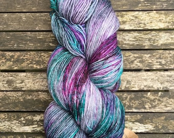 Moss (superwash merino w/ nylon - 100g hand dyed sock yarn)