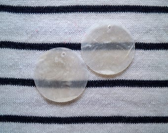 genuine white 35 mm natural mother of Pearl 2 pendants