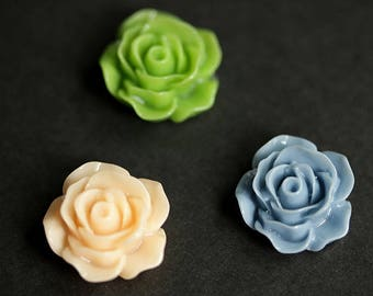 Set of Three Rose Magnets. Flower Fridge Magnets. Floral Magnets in Spring Green, Peach, and Dusk Blue. Fridge Magnet Set. Kitchen Decor.