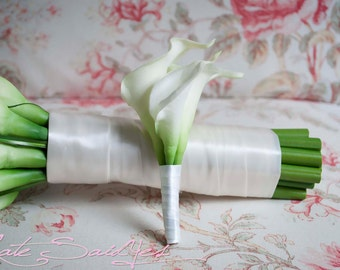Ivory Calla Lily Boutonniere - Real Touch Wedding Boutonniere