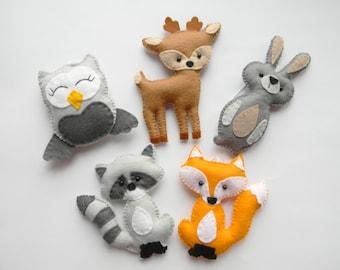 peluche animaux de la forêt, décor bois, animaux de la forêt, décor de crèche woodland, ornements de bois, hibou de lapin renard feutre raccon