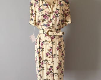 PEONIES and LILACS print dress | 1980s floral print belted day dress | cream white dress