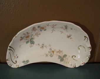 Hanley JG Meakin England Semi Porcelain Teardrop Dish