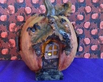 Spider Pumpkin lighted House, Halloween decor, decorations
