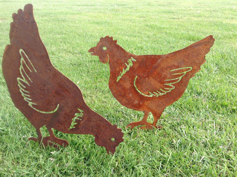 Rusty Hen / Chicken Garden Decor / Chicken gift / Metal Hen